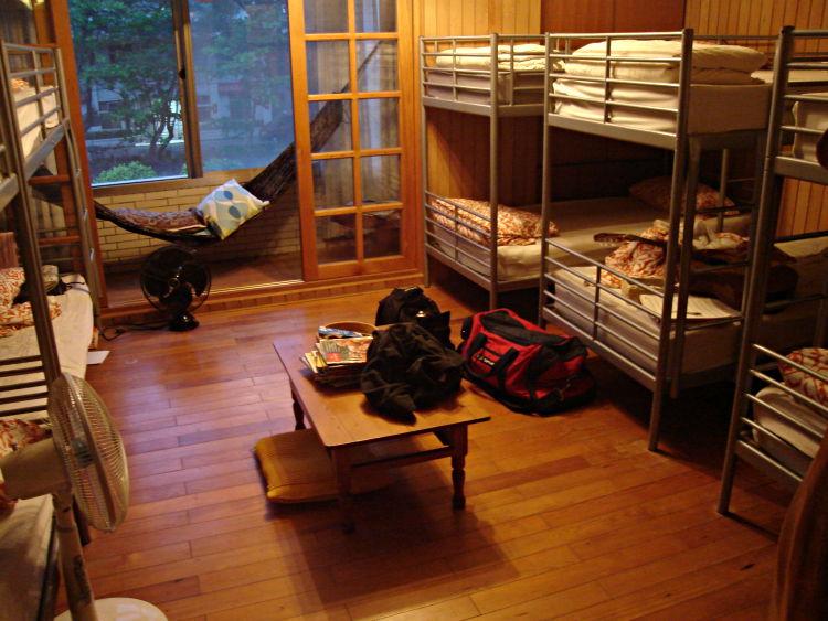 Hostel_Dormitory.jpg